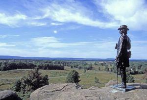 statue-overlooking-gettysburg
