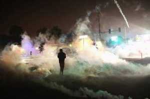 21-ferguson-tear-gas_w529_h352_2x